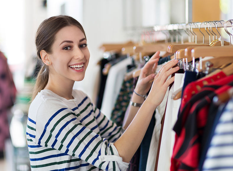 Clothing store manager salary